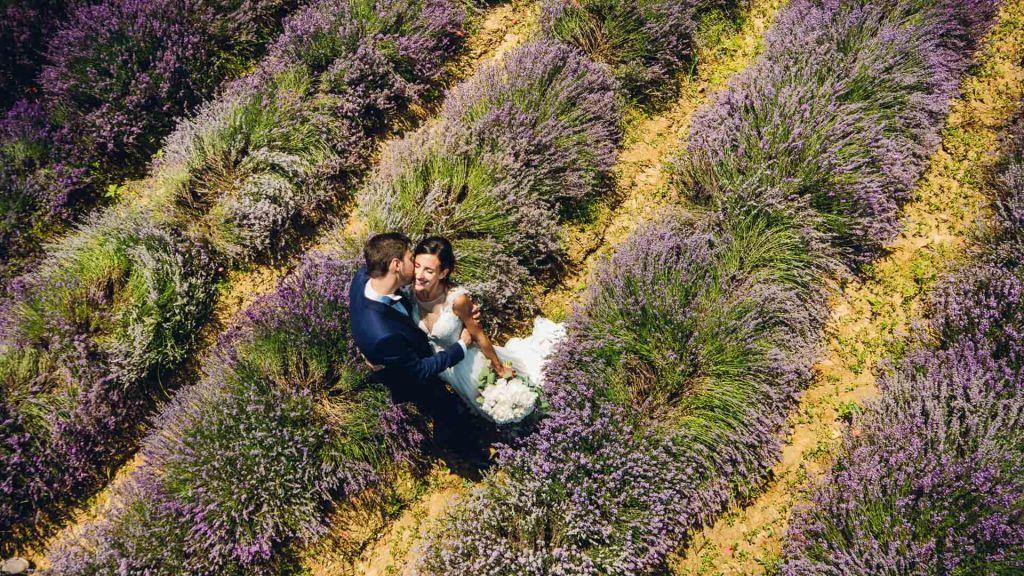 Ben noto Matrimonio tema lavanda - Sposi in Sardegna DI74